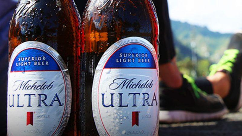 Llega Michelob Ultra, la nueva cerveza baja en calorías y carbohidratos