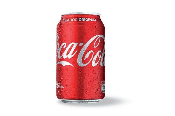 Coca-Cola lanza «Juntos se siente mejor», la campaña que celebra la unión de las personas
