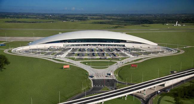 El Aeropuerto de Carrasco y Magnolio Media Group inauguran el espacio de espectáculos «AeroSala»