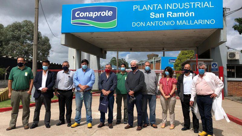 Ministro de Ambiente visitó el Complejo Industrial San Ramón de Conaprole